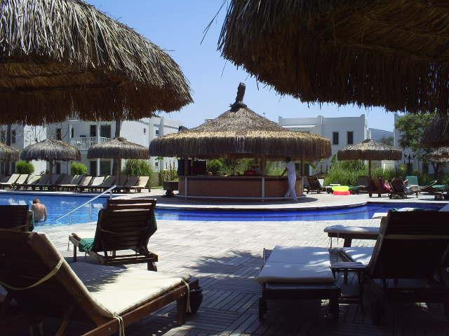 relax havuzun barı