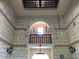 Otel gişindek kulenin iç kısmı