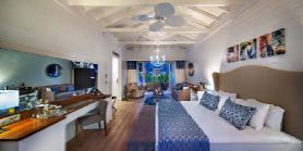 Lagoon Beachfront - Villa Bedroom