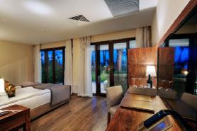 Grand Deluxe Beachfront Suite - Children's Bedroom