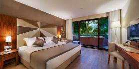 Lagoon Family Suite - Parents  Bedroom