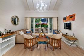 Lagoon Luxury Villa - Living Room