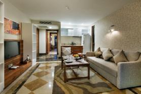 Lagoon Deluxe Family Suite - Livingroom 2